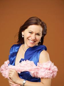 Tania de Jong AM